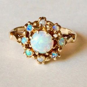 Jewelry - Vintage Opal Ring